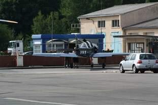 Jak-52 / Yak-52 SP-YNH des Yak-Team Wümme aus Weser / Wümme am 28.06.2014 auf dem Flugplatz Anklam / MV beim Flugplatzfest.