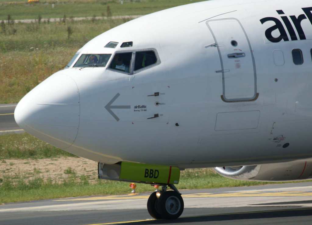 Air Baltic  Yl Nose   02 08 2011