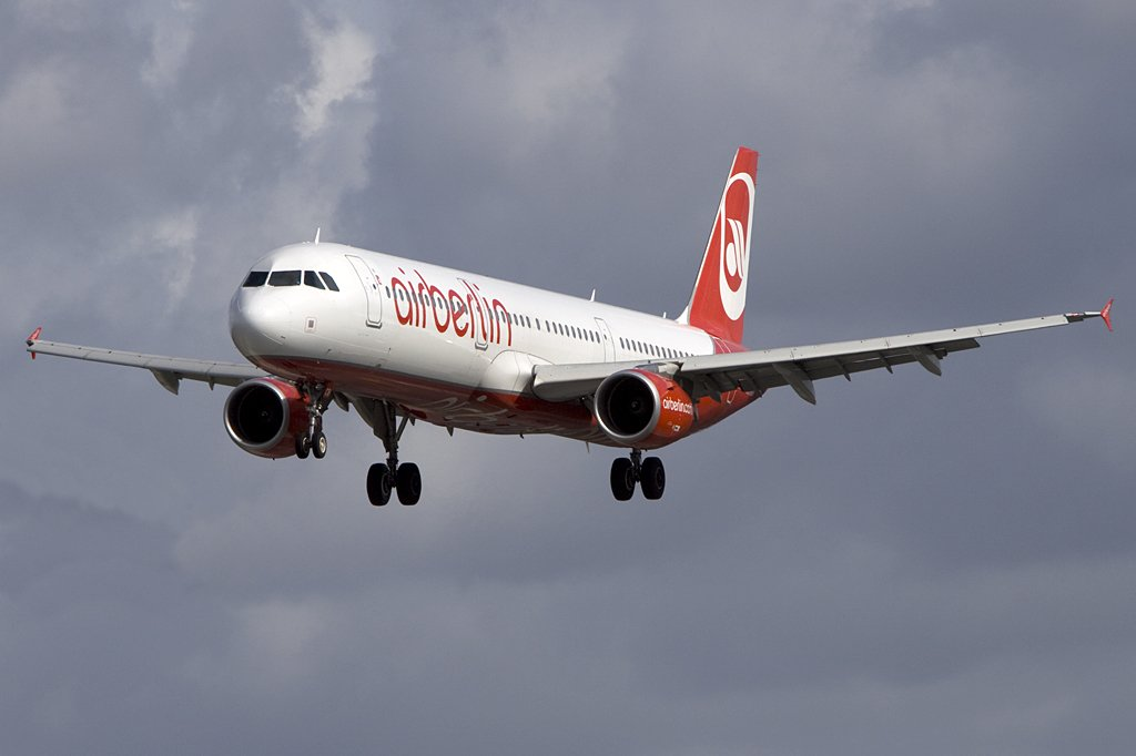 Air Berlin, D-ABCB, Airbus, A321-211, 05.09.2009, XFW, Finkenwerder, Germany