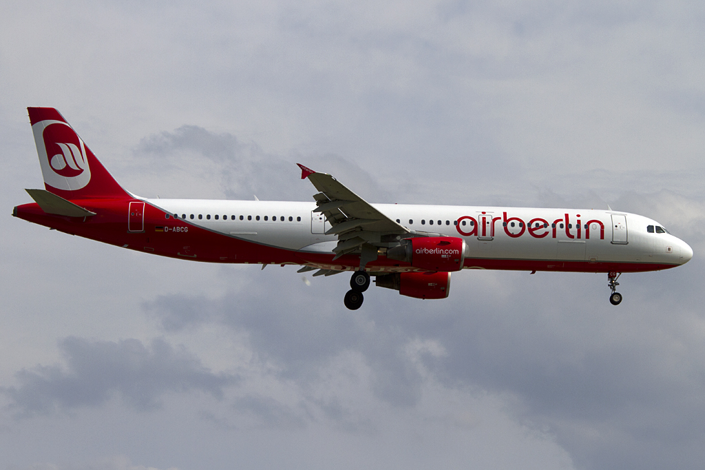 Air Berlin, D-ABCG, Airbus, A321-211, 07.07.2011, DUS, Duesseldorf, Germany