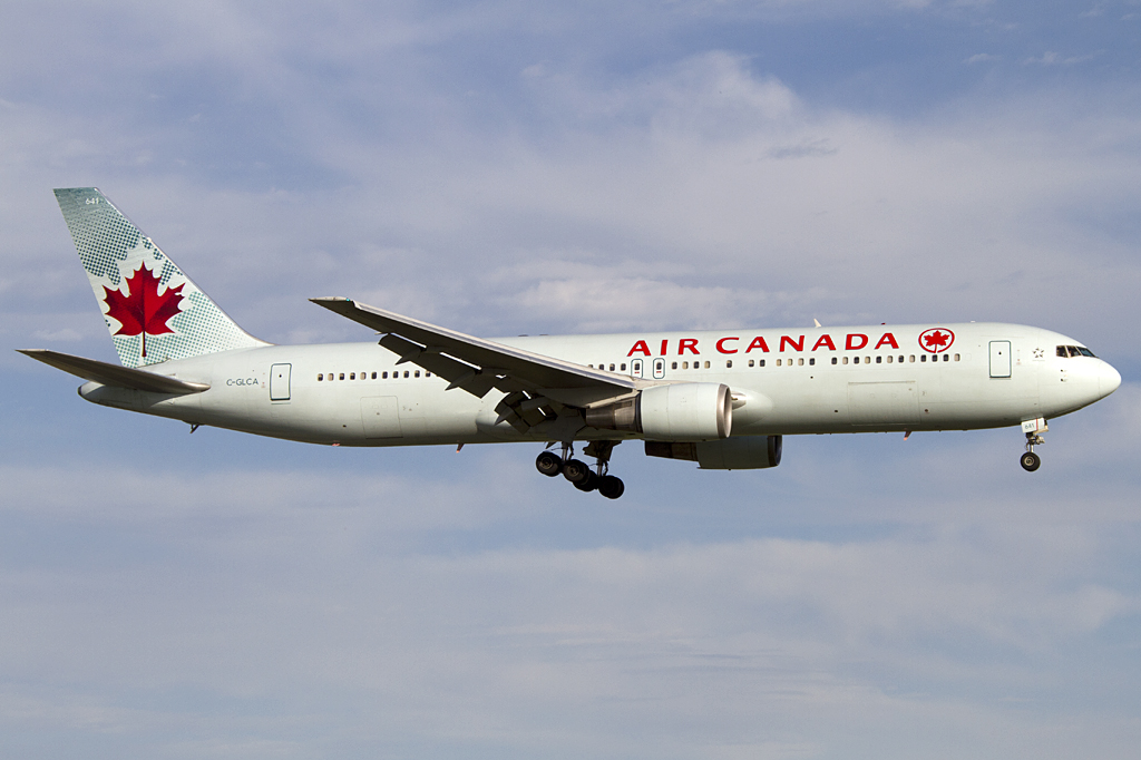 air canada c glca boeing b767 375er yul montreal canada flugzeug. Black Bedroom Furniture Sets. Home Design Ideas