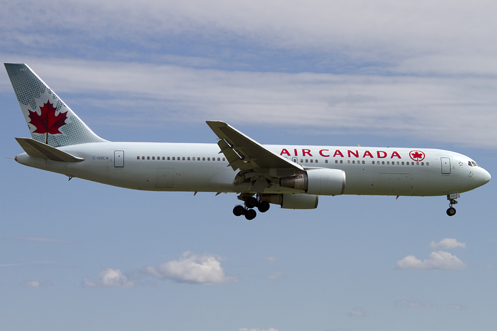 air canada c gsca boeing b767 375er yul montreal canada flugzeug. Black Bedroom Furniture Sets. Home Design Ideas