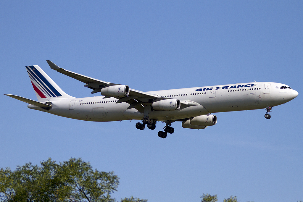 Air France, F-GLZU, Airbus, A340-313X, 18.08.2012, CDG, Paris, France