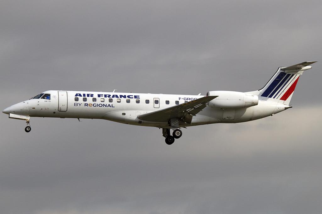 Air france regional f grgq embraer erj 135 for Oficinas air france barcelona