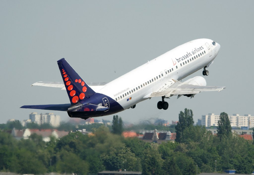 Brussels Airlines B 737-405 OO-VEK beim Start in Berlin-Tegel am 22.05.2012
