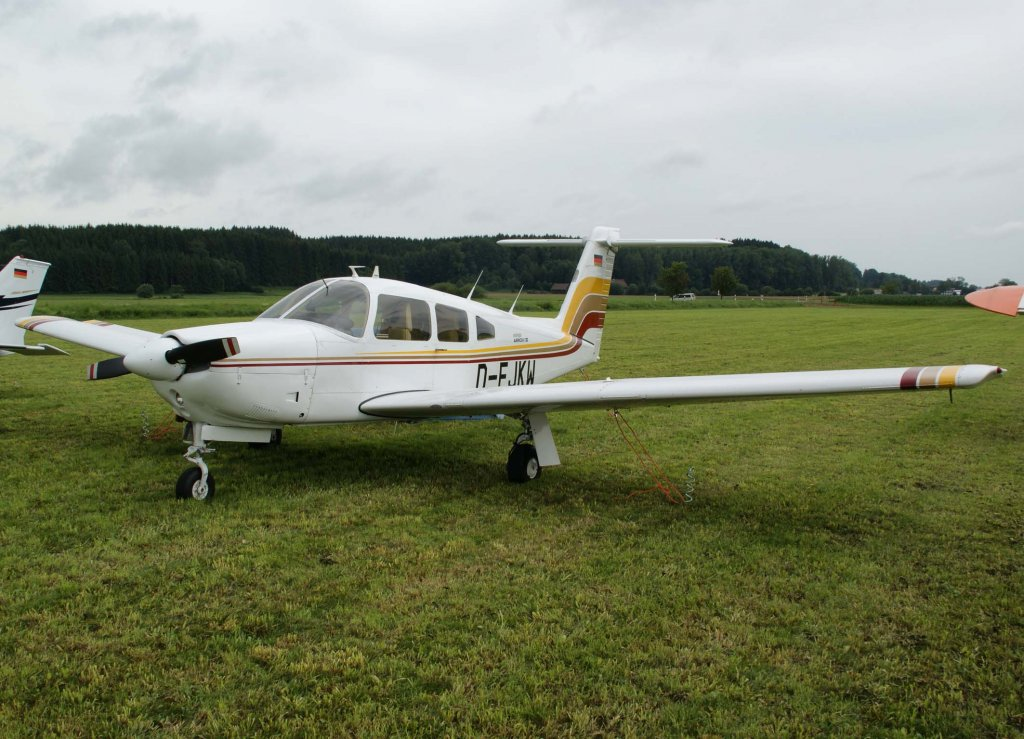 D-EJKW, Piper PA-28RT-201 Arrow IV, 2009.07.17, EDMT, Tannheim (Tannkosh 2009), Germany