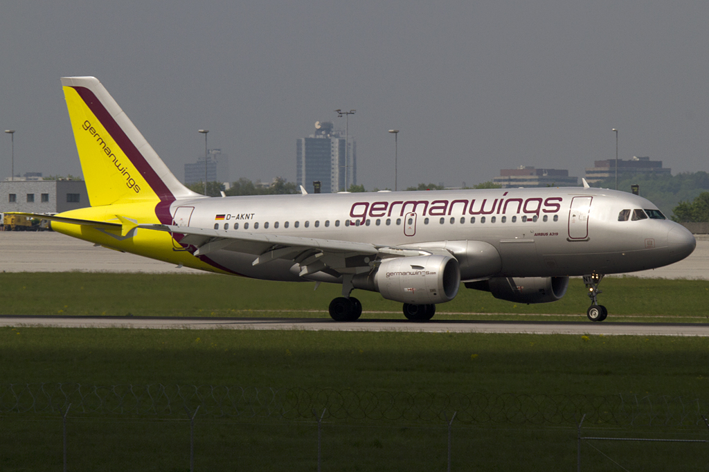 Germanwings, D-AKNT, Airbus, A319-112, 26.04.2011, STR, Stuttgart, Germany
