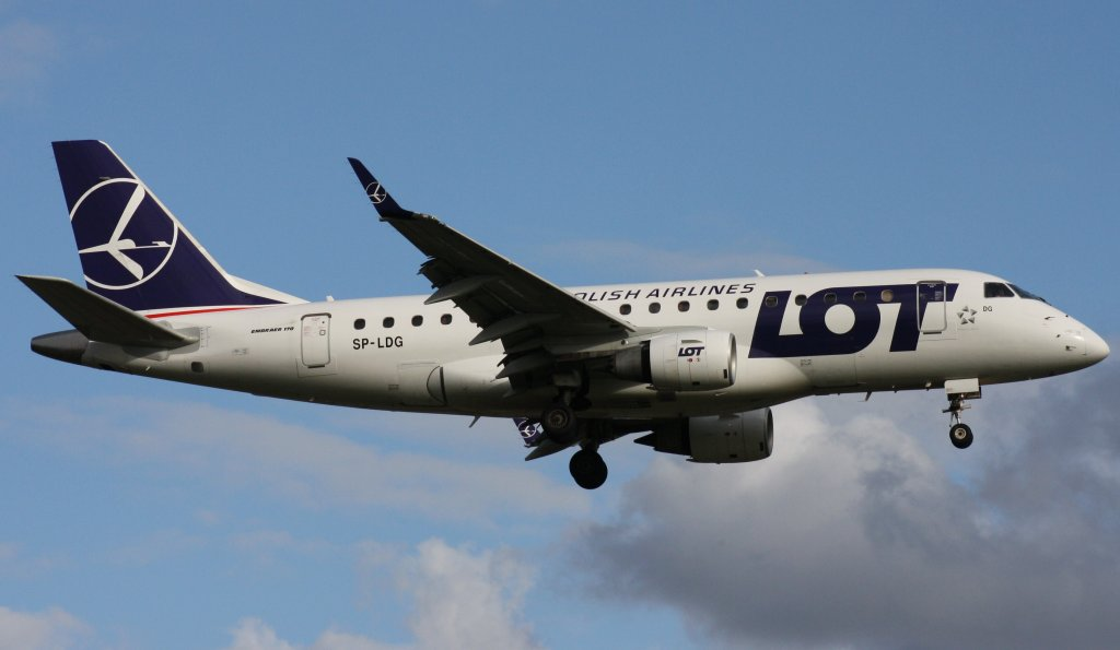 LOT Polish Airlines,SP-LDG,(c/n17000065),Embraer ERJ-170-100,20.07.2012,HAM-EDDH,Hamburg,Germany
