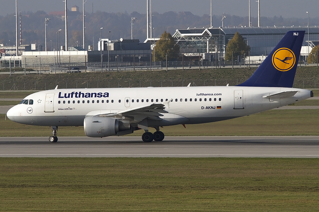 Lufthansa, D-AKNJ, Airbus, A319-112, 25.10.2012, MUC, München, Germany