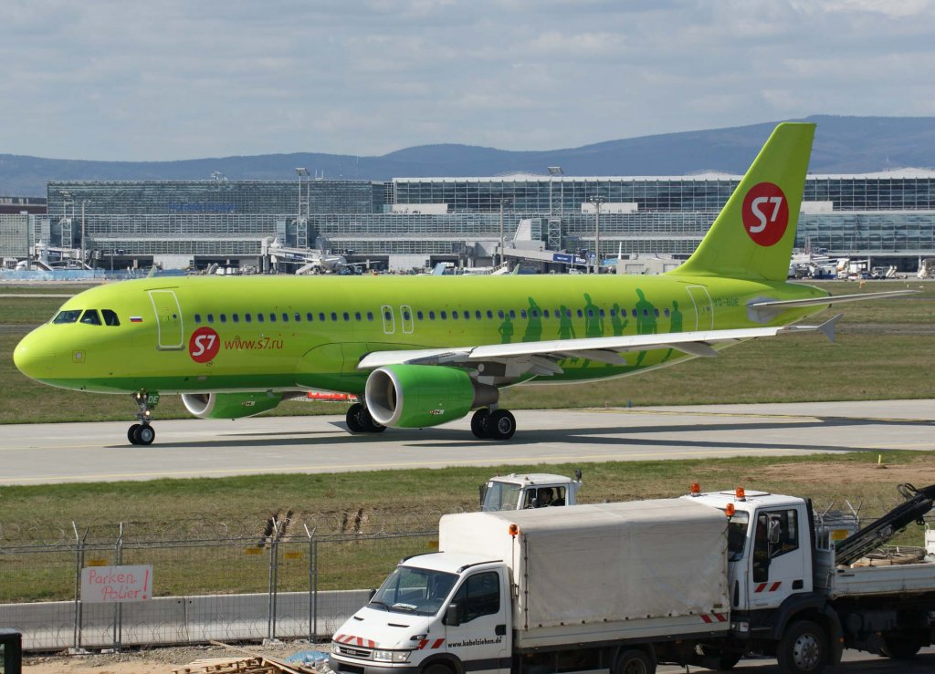 S7 Airlines, VQ-BDE, Airbus A 320-200, 2010.04.10, FRA, Frankfurt, Germany