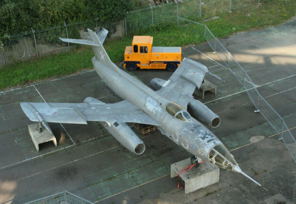 soviet-union-air-force-yakovlev-51133.jp