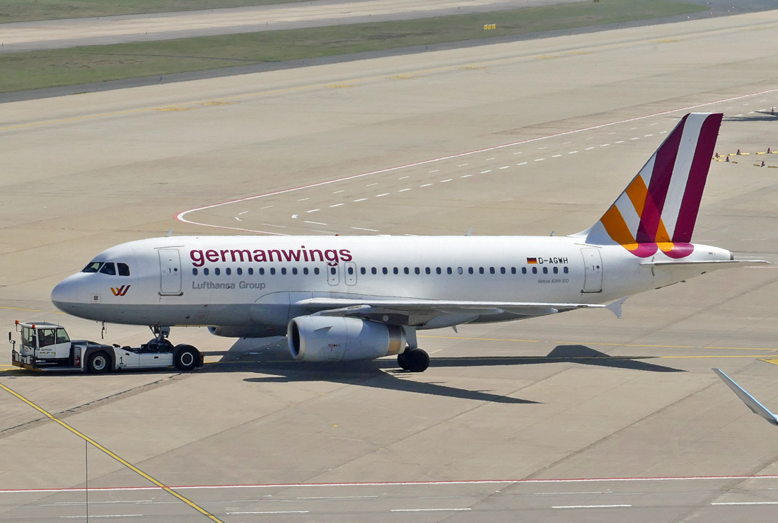 A 319-100 D-AGWH, pushback Germanwings in CGN - 09.04.2017