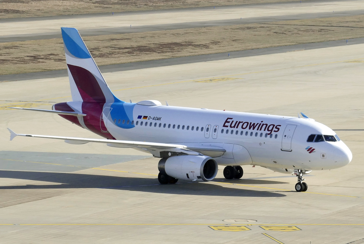A 319-132 Eurowings, D-AGWK, taxy in CGN - 17.02.2019