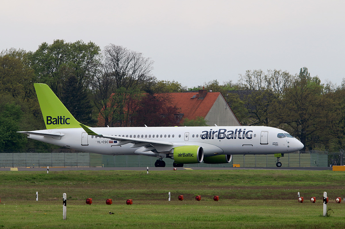Air Baltic, BD-100 1A11 CS-300, YL-CSC, TXL, 07.05.2017