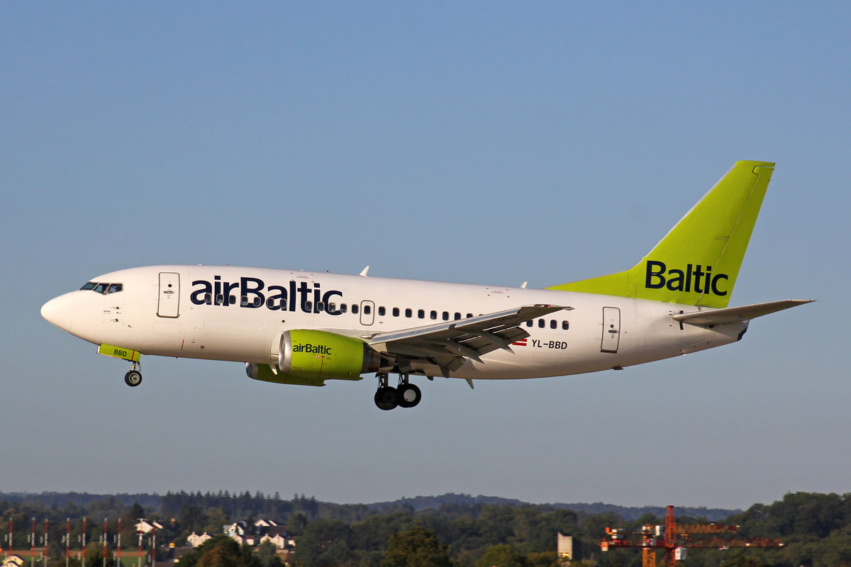 Air Baltic, YL-BBD, Boeing B737-53S, msn: 29075/3101, 20.September 2019, ZRH Zürich, Switzerland.