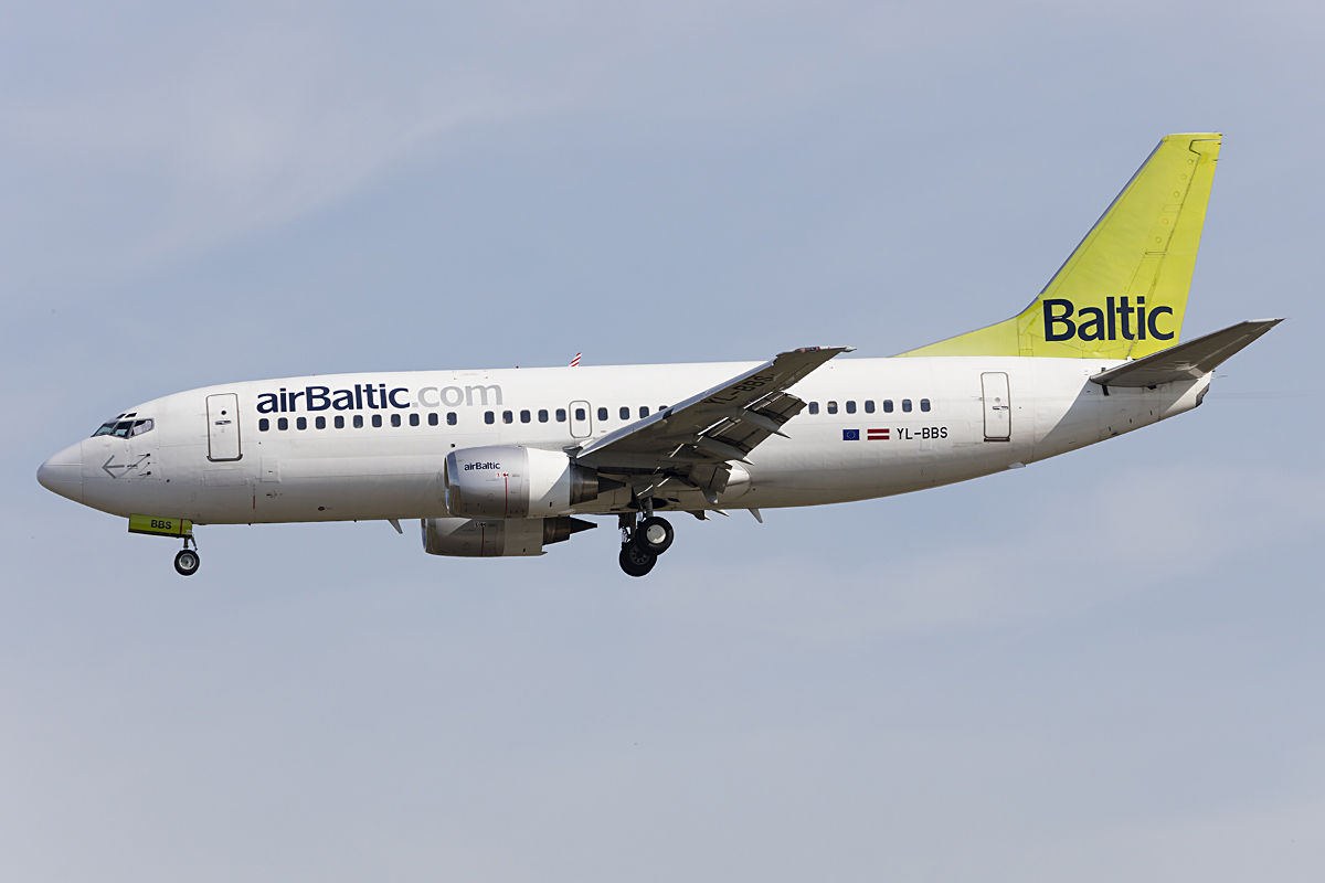 Air Baltic, YL-BBS, Boeing, B737-31S, 21.05.2016, FRA, Frankfurt, Germany