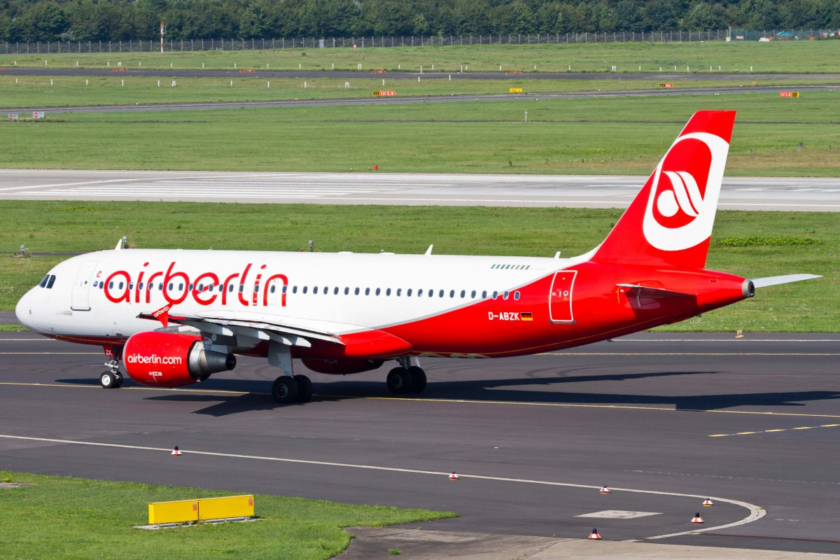 Air Berlin (AB-BER), D-ABZK, Airbus, A 320-216 (Test-Lamination Sticker), 22.08.2015, DUS-EDDL, Düsseldorf, Germany