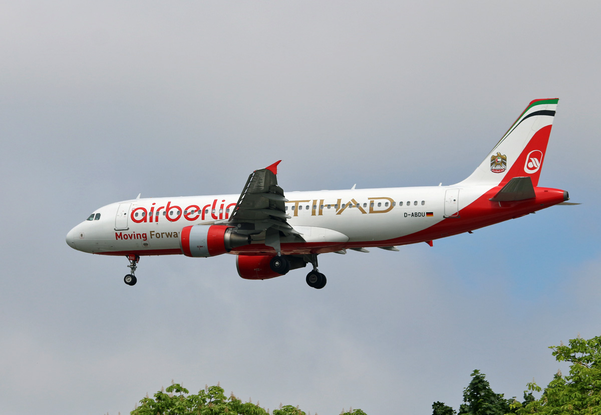 Air Berlin, Airbus A 320-214, D-ABDU, TXL, 26.05.2017