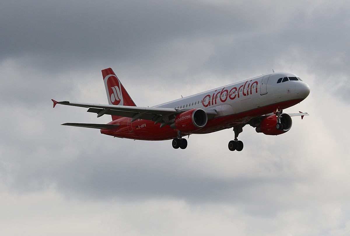 Air Berlin, Airbus A 320-214, D-ABFB, TXL, 12.09.2017