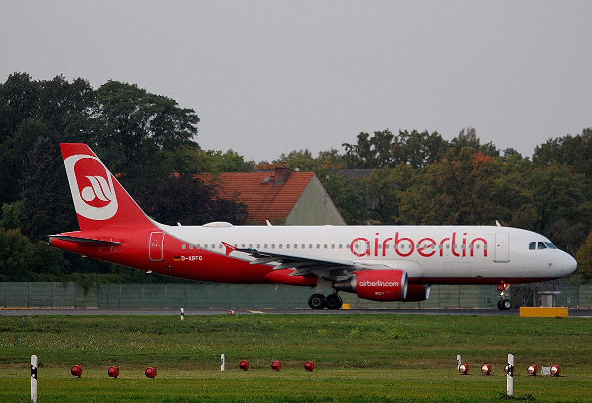 Air Berlin, Airbus A 320-214, D-ABFG, TXL, 03.10.2017