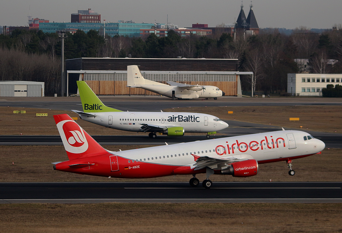Air Berlin, Airbus A 320-216, D-ABZE, Air Baltic, Boeing B 737-522, Germany Air Force, C-160D, 50+48, TXL, 04.03.2017