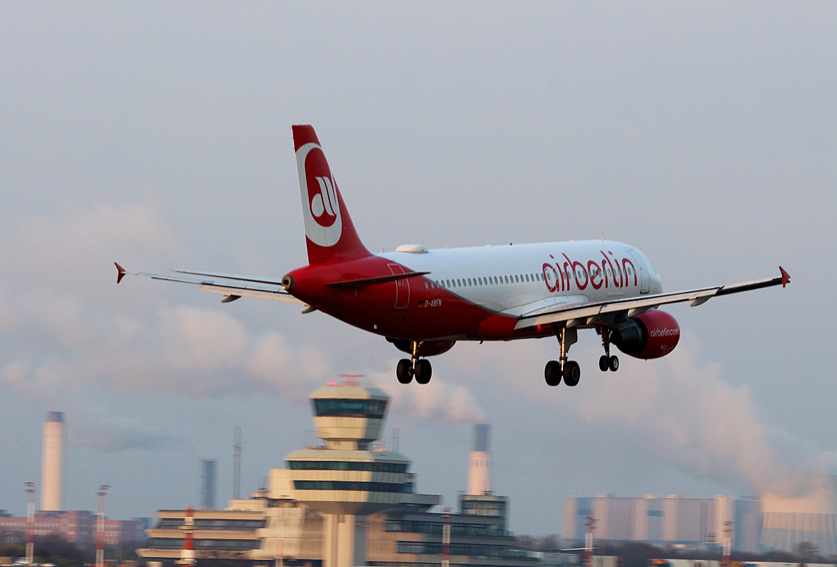 Air Berlin, Airbus A 320-216, D-ABFN, TXL, 02.04.2017