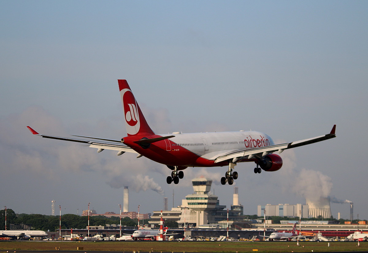 Air Berlin, Airbus A 330-223, D-ALPD, TXL, 25.05.2017