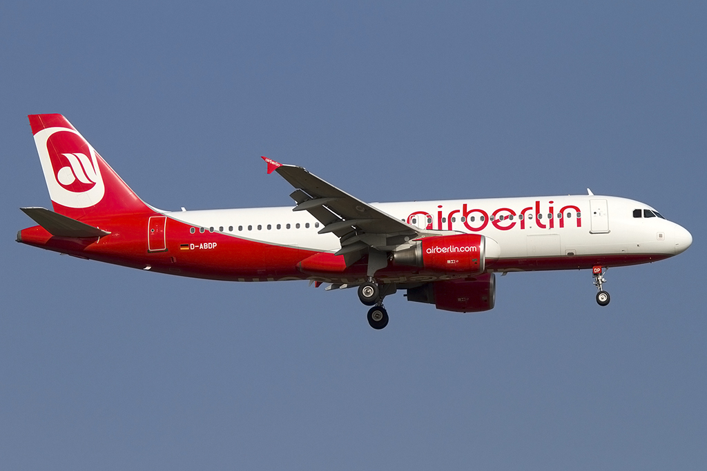 Air Berlin, D-ABDP, Airbus, A320-214, 28.09.2013, FRA, Frankfurt, Germany