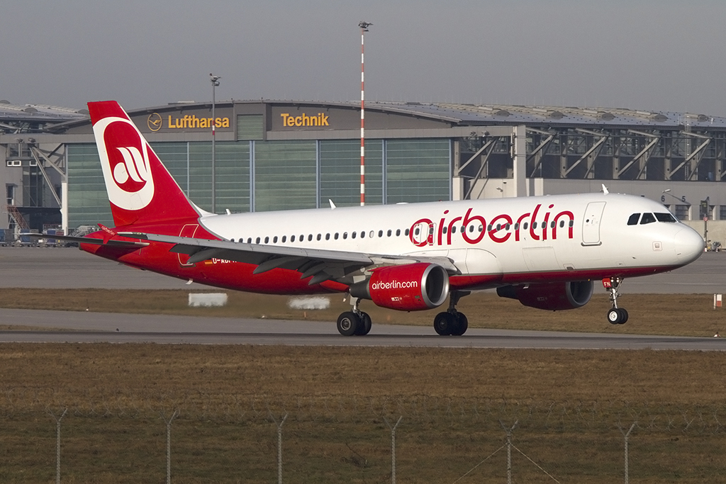 Air Berlin, D-ABFN, Airbus, A320-214, 18.01.2014, STR, Stuttgart, Germany