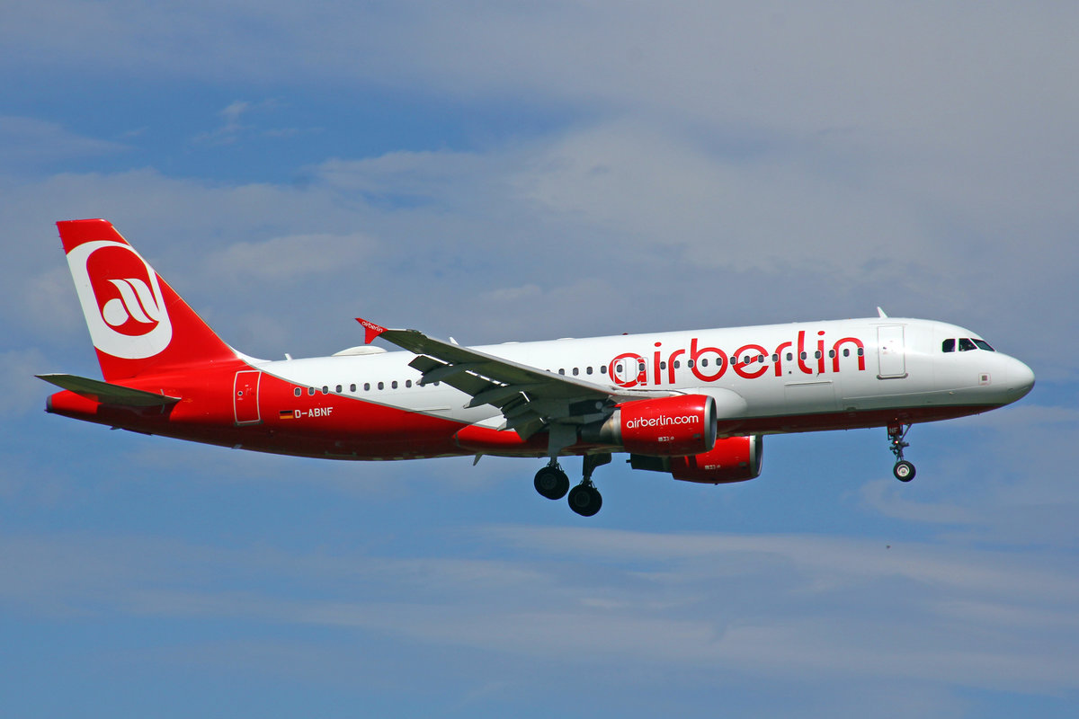 Air Berlin, D-ABNF, Airbus A320-214, 29.Juli 2017, ZRH Zürich, Switzerland.