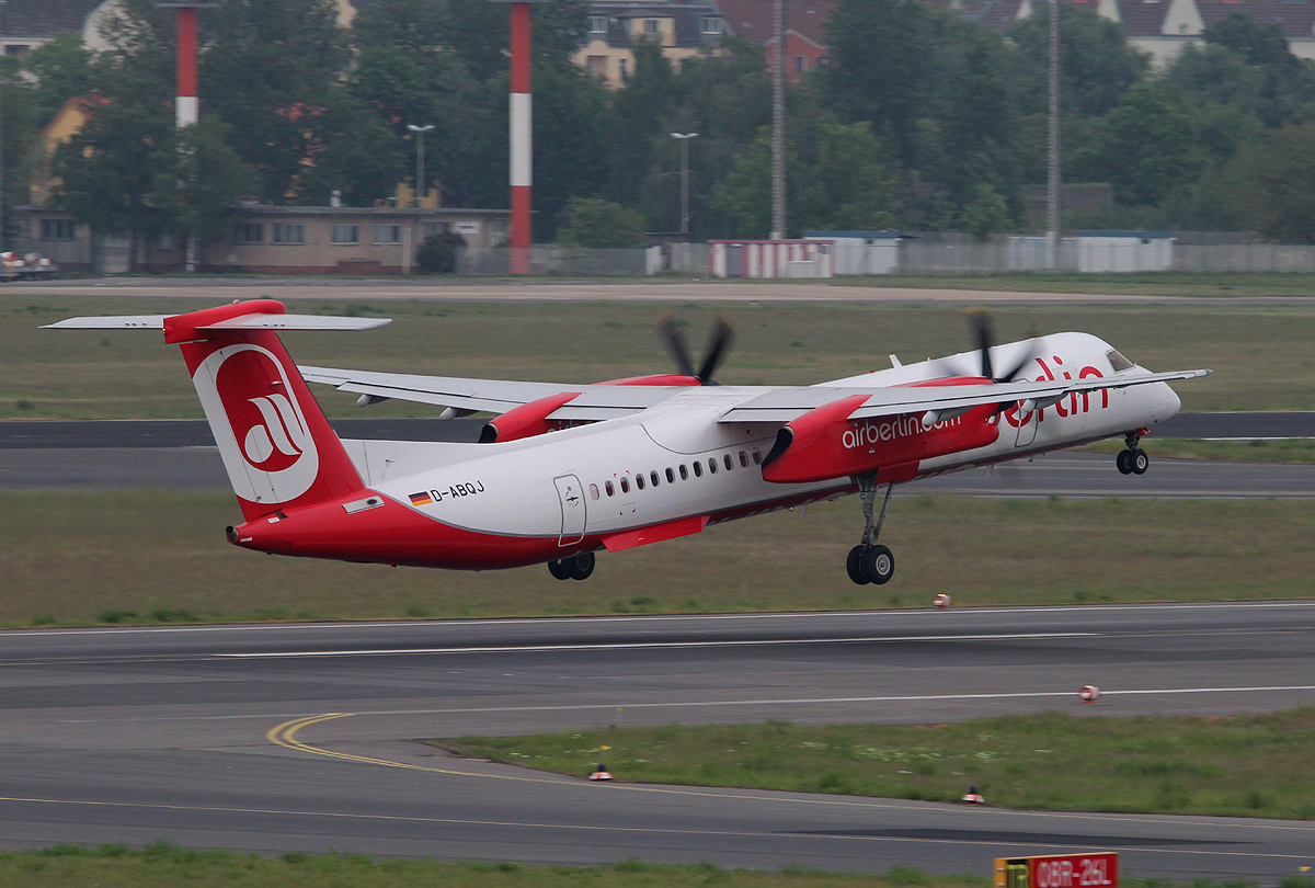 Air Berlin De Havilland Canada DHC-8-402Q D-ABQJ beim Start in Berlin-Tegel am 18.05.2013