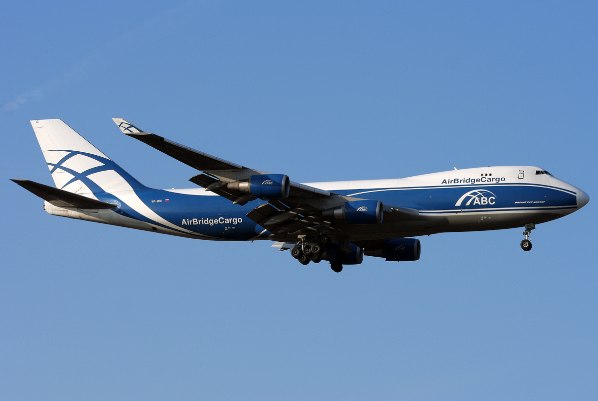Air Bridge Cargo B747-400F VP-BIG im Anflug auf 25R in FRA / EDDF / Frankfurt am 13.11.2011