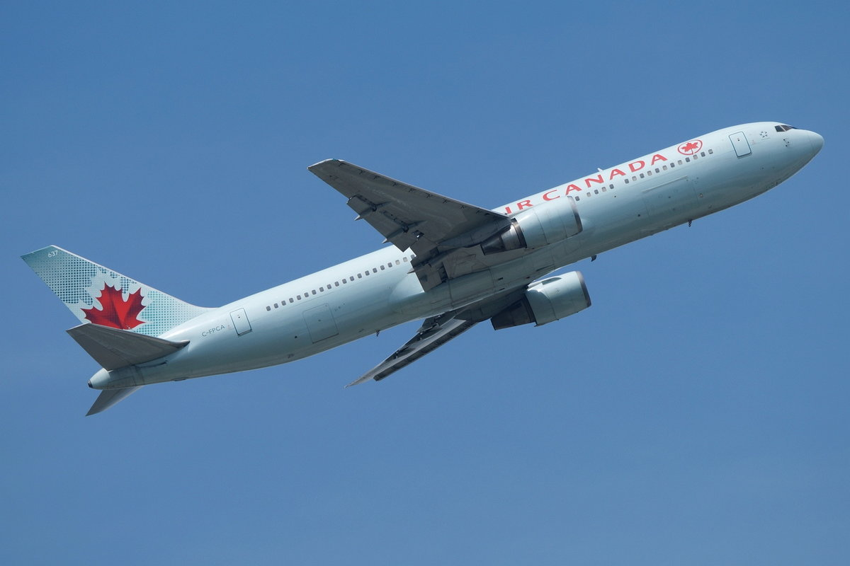 Air Canada, Boeing B767-375(ER) C-FPCA, cn(MSN): 24306,