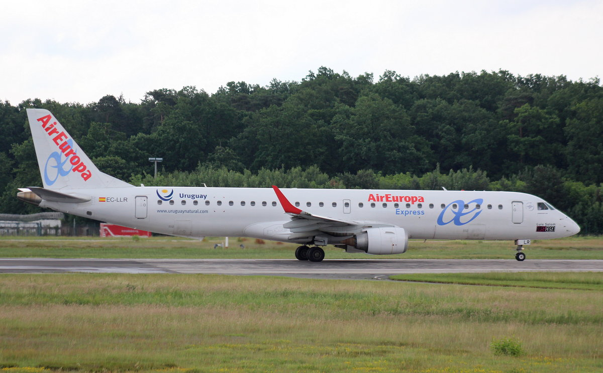 Air Europa Express, EC-LLR, MSN 190000452, Embraer ERJ190-200LR, 04.06.2017, FRA-EDDF, Frankfurt, Germany (Sticker: Uruguay)