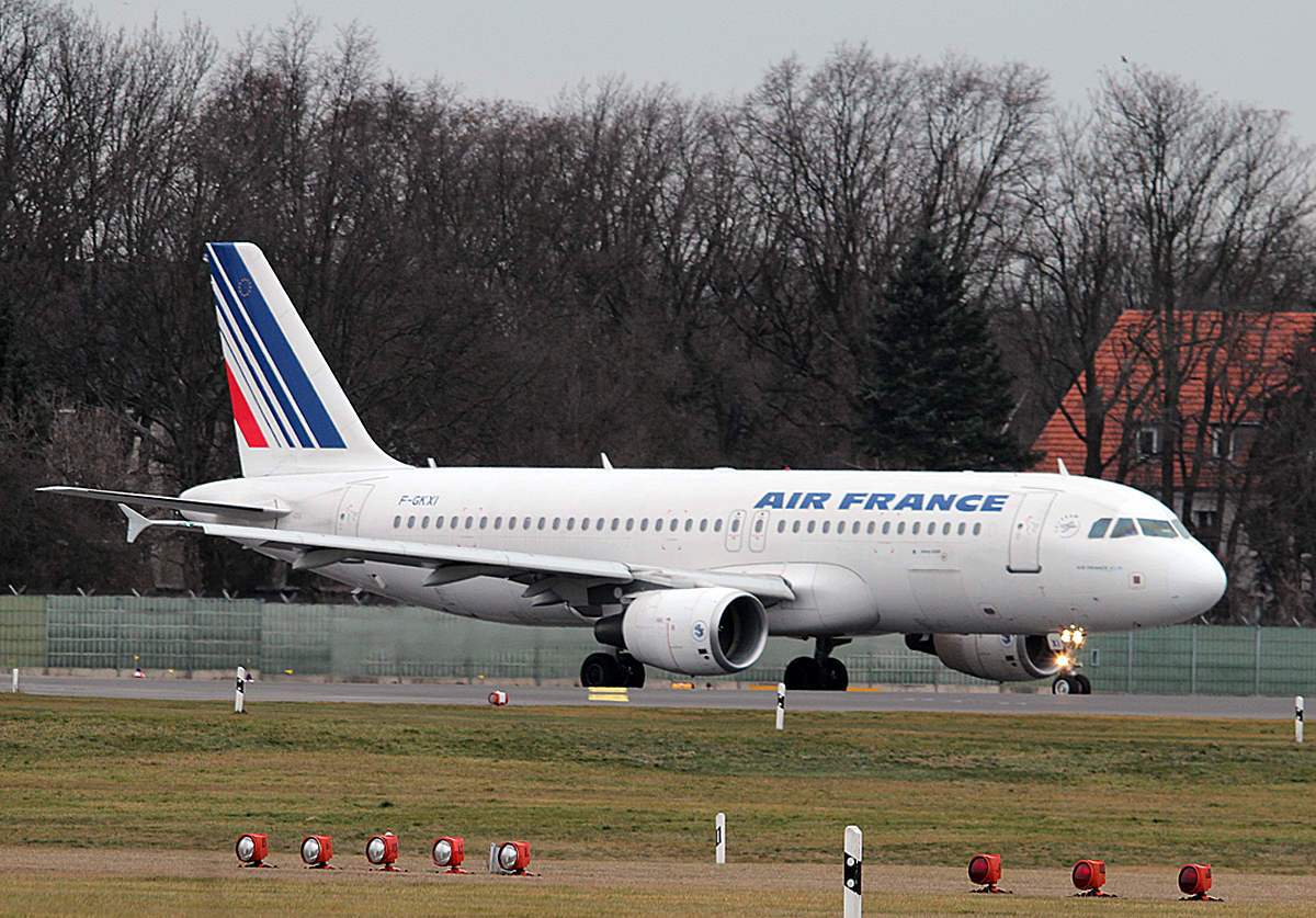 Air France A 320-214 F-GKXI kurz vor dem Start in Berlin-Tegel am 13.02.2014