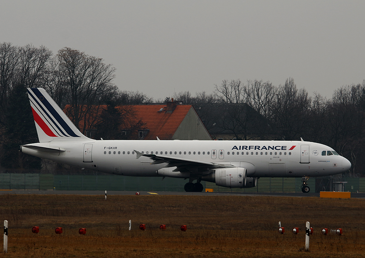 Air France, Airbus A 320-214, F-GKXR, TXL, 19.02.2017