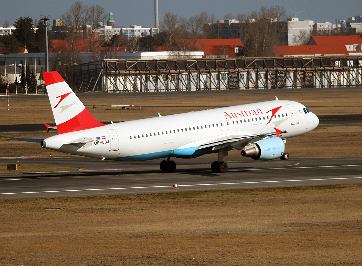 Austrian Airlines A 320-214 OE-LBJ beim Start in Berlin-Tegel am 08.03.2014