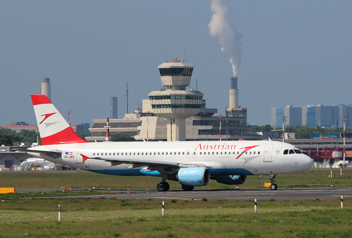 Austrian Airlines A 320-214 OE-LBS kurz vor dem Start in Berlin-Tegel am 19.05.2013