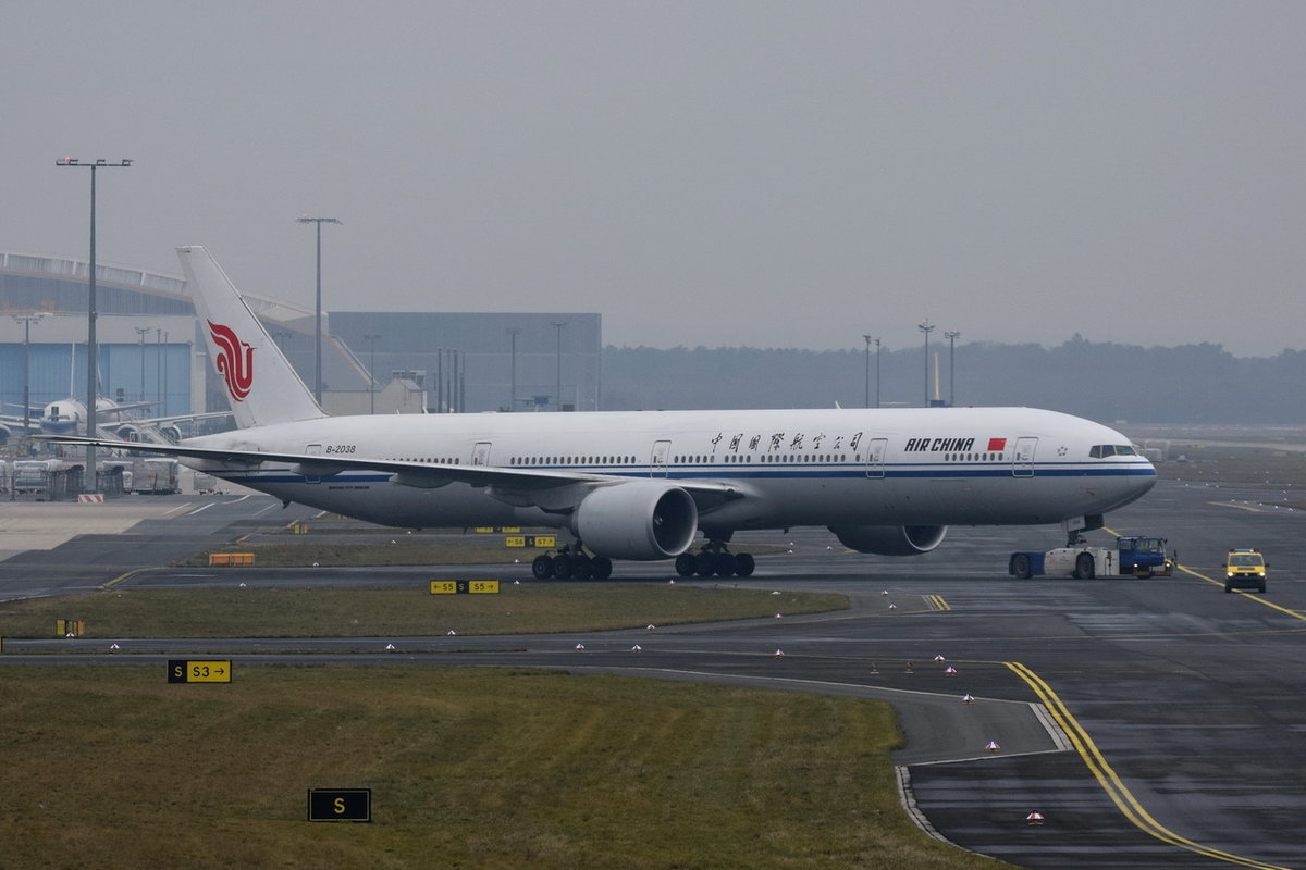 B-2038 Air China Boeing 777-39L(ER)  , FRA , 06.12.2017