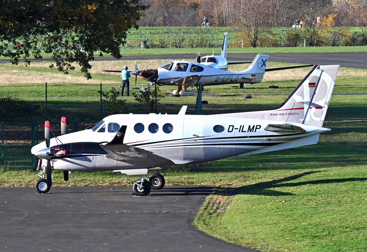 Beech C 90 GTx KingAir, D-ILMP in EDKB - 18.11.2020