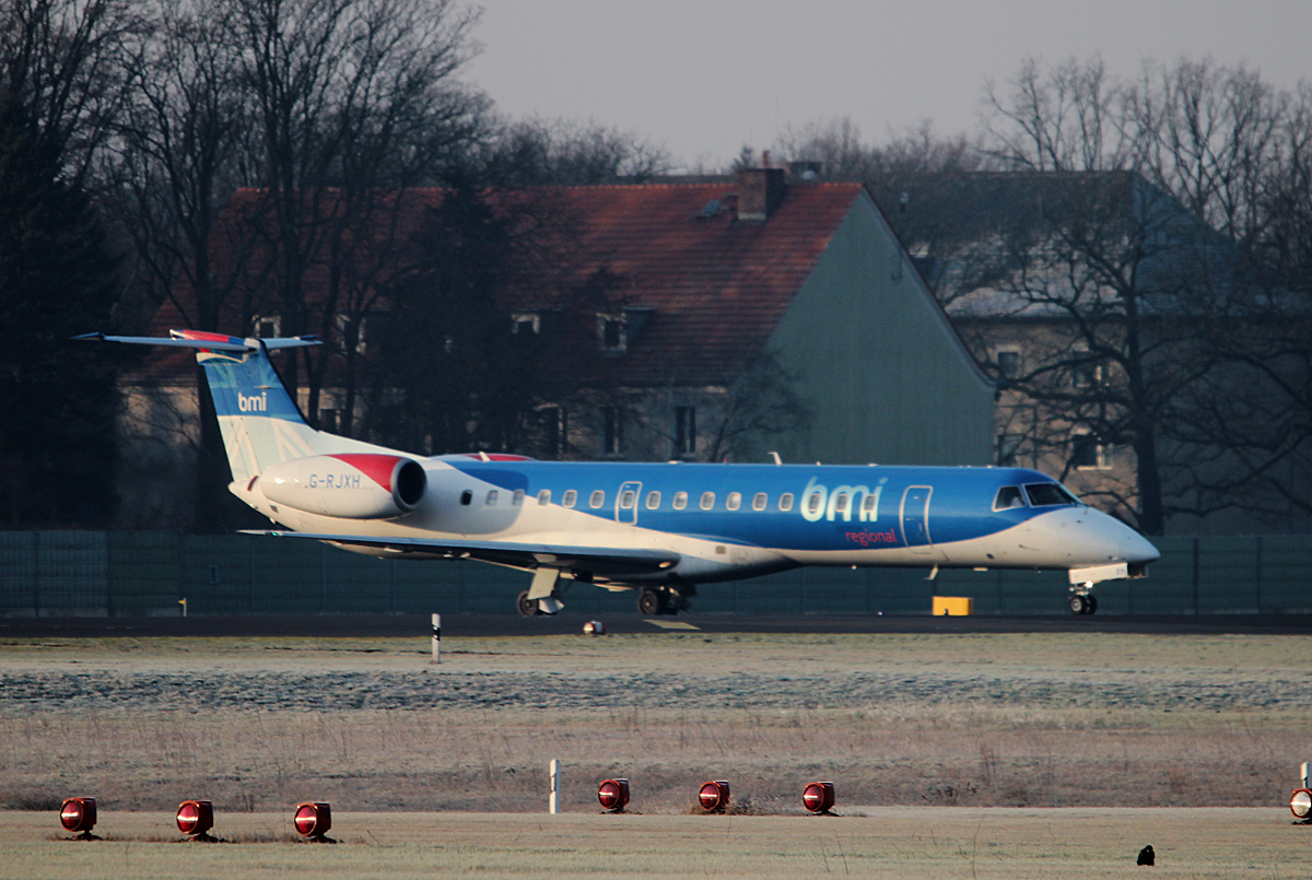 BMI Regional ERJ-145EP G-RJXH kurz vor dem Start in Berlin-Tegel am 18.01.2015