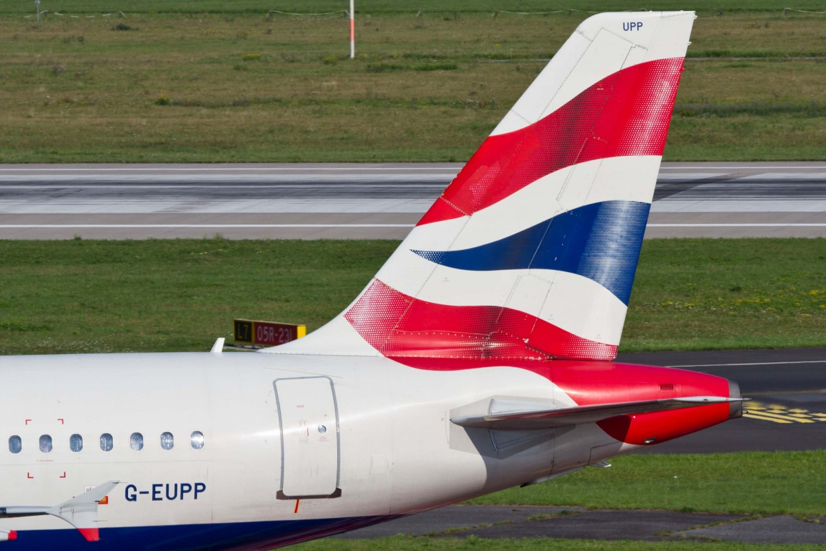 British Airways (BA-BAW), G-EUPP, Airbus, A 319-131 (Seitenleitwerk/Tail), 22.08.2015, DUS-EDDL, Düsseldorf, Germany