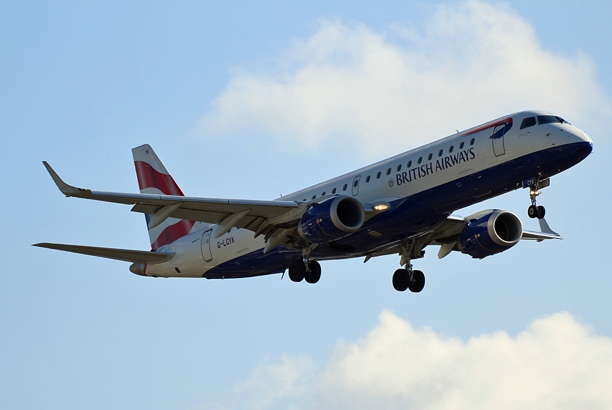 British Airways(CityFlyer), ERJ-190-100SR, G-LCYK, TXL, 05.03.2020