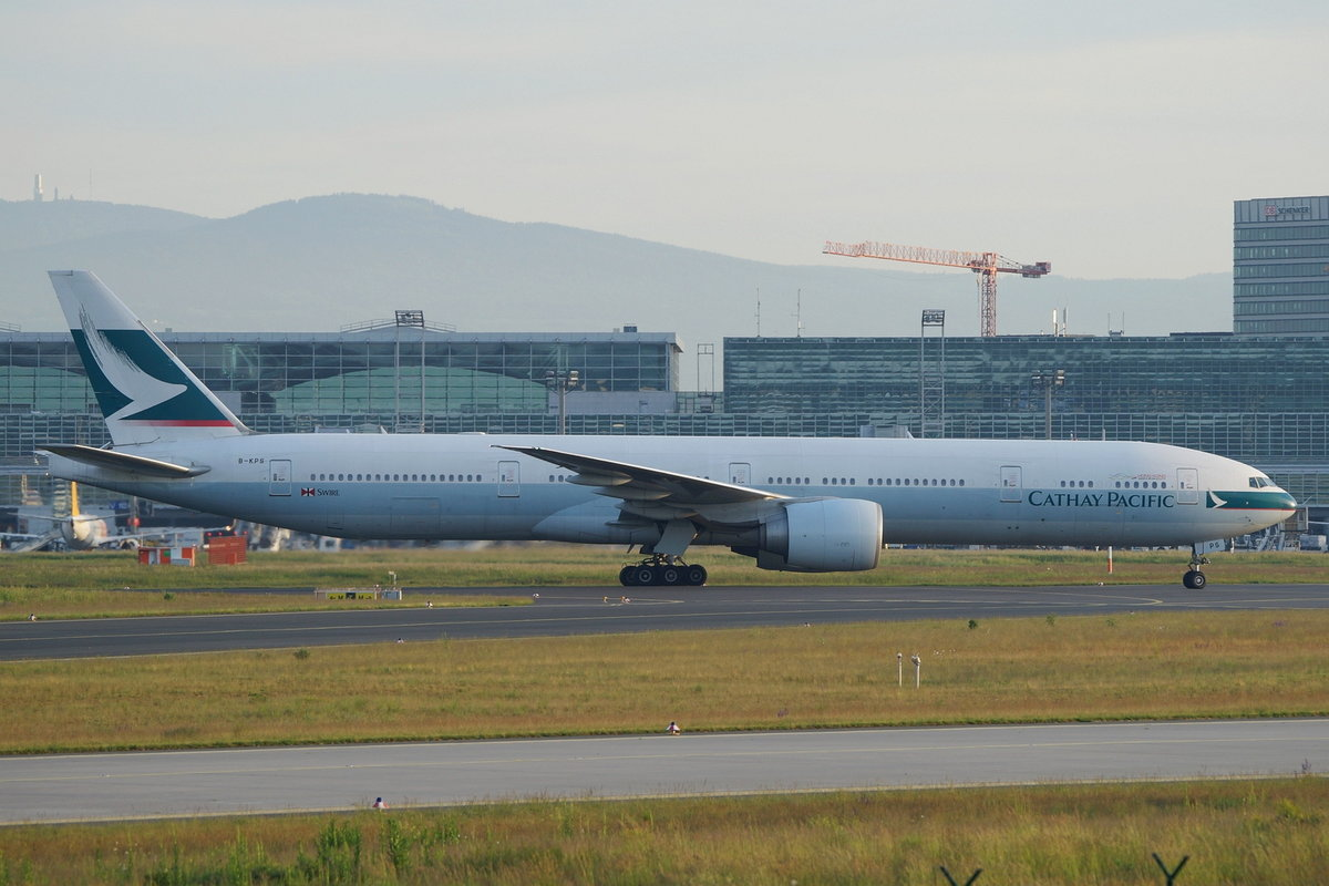 Cathay Pacific Boeing B777-367(ER) B-KPS, cn(MSN): 39232,