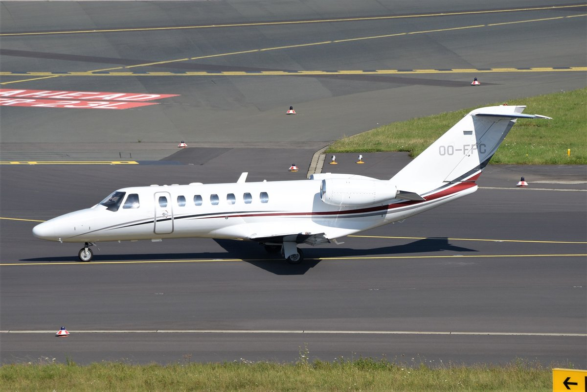 Cessna 525B CitationJet CJ3 - FYG Flying Partners - 525B0158 - OO-FPE - 17.08.2016 - EDDL