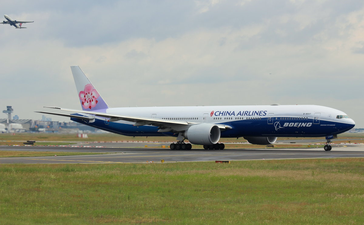 China Airlines, B-18007,MSN 43982,Boeing 777-309(ER), 04.06.2017, FRA-EDDF, Frankfurt, Germany (Boeing livery)