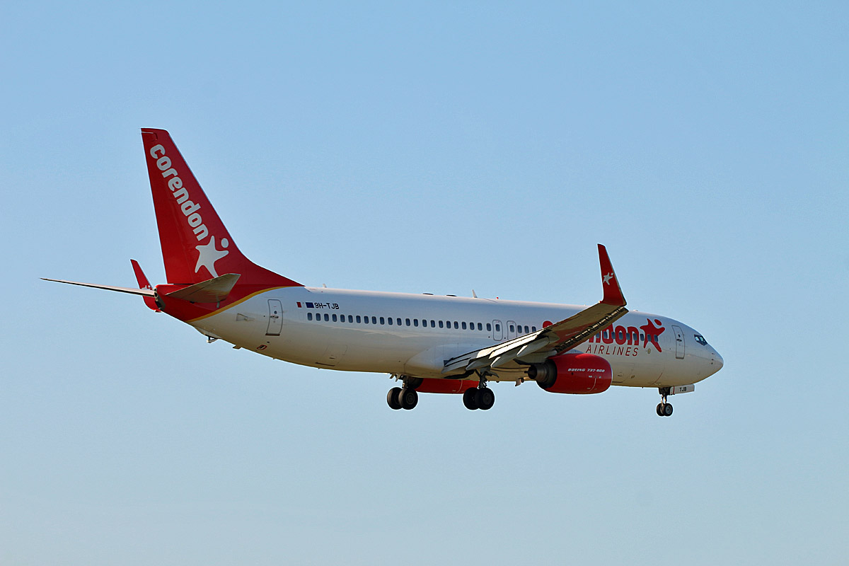 Corendon Airlines Europe, Boeing B 737-8FH, 9H-TJB, TXL, 06.09.2019