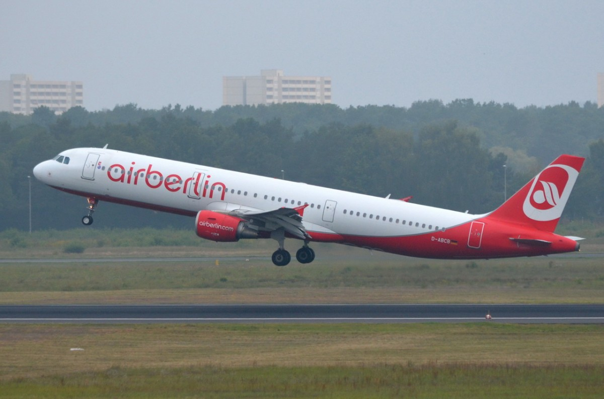 D-ABCB Air Berlin Airbus A321-211  in Tegel gestartet am 08.09.2014
