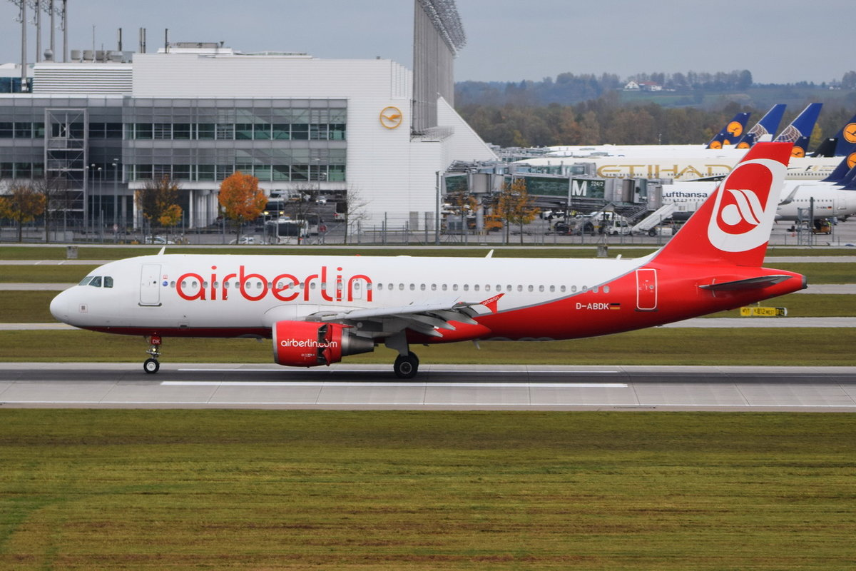D-ABDK Air Berlin Airbus A320-214   , MUC , 23.10.2017