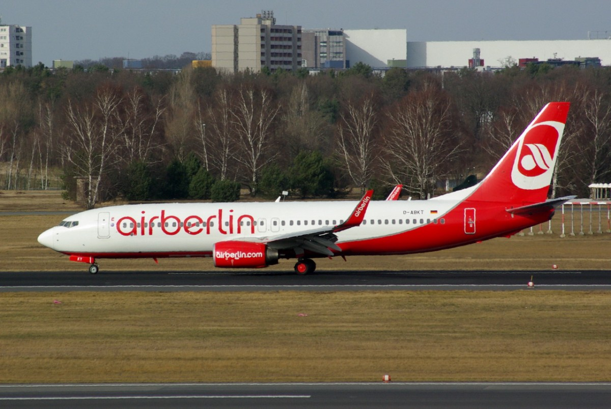 D-ABKT Air Berlin Boeing 737-86J(WL)    17.02,2014  Berlin-Tegel